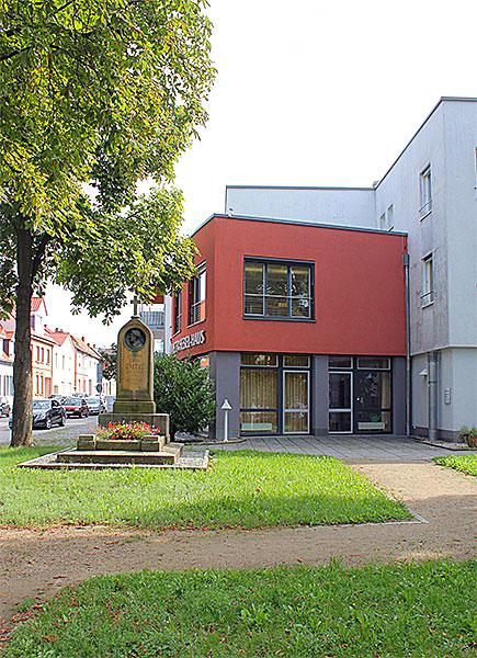 Hebelhaus Und Hebelgrab